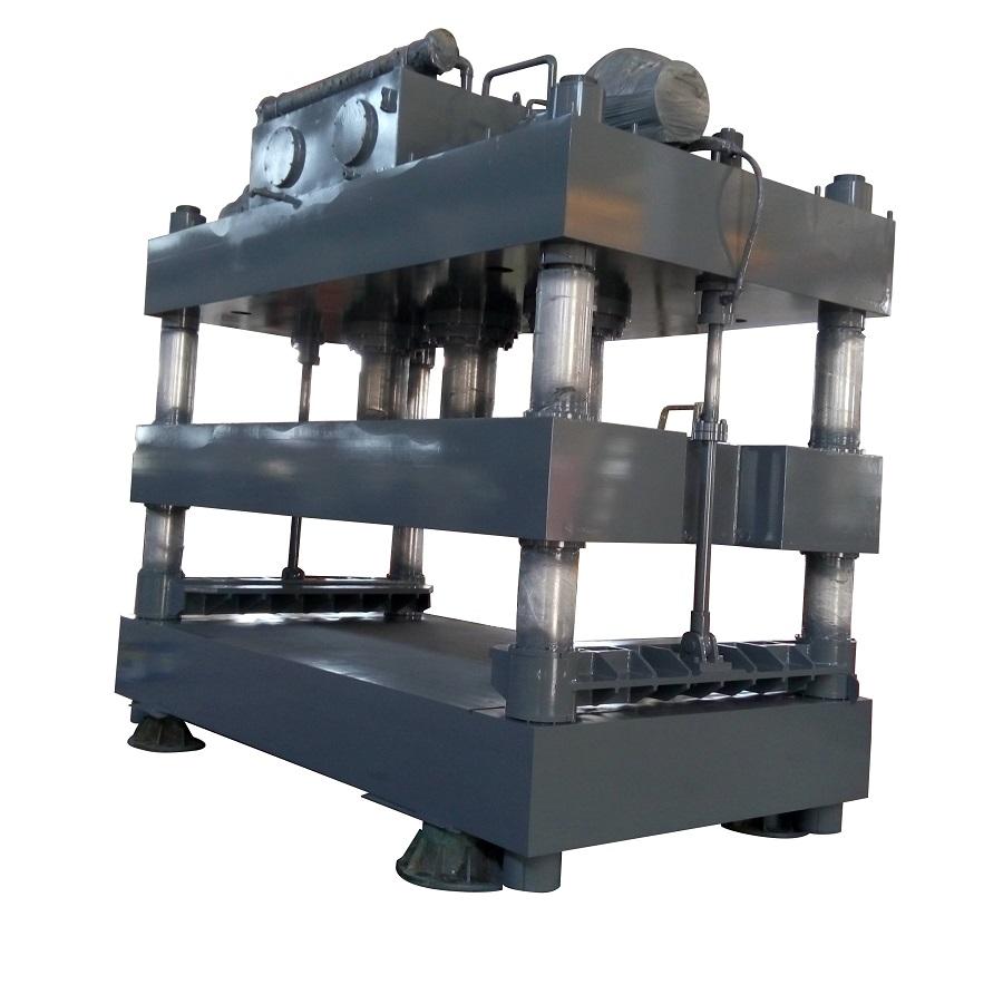 600吨大台面单向液压机